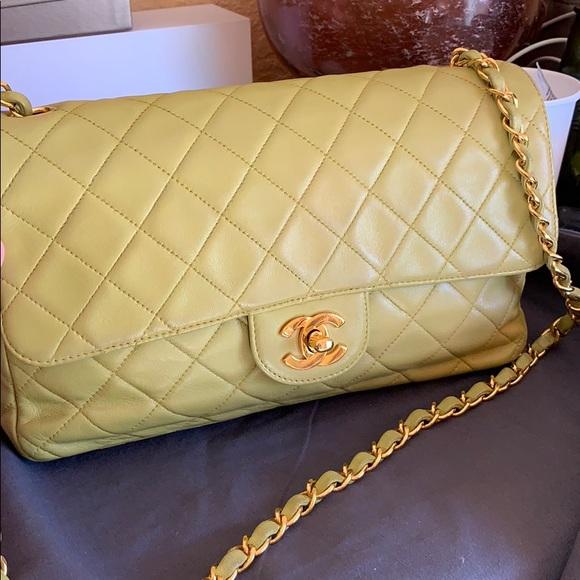 ee68c6daf1e9 CHANEL Handbags - Chanel single flap bag